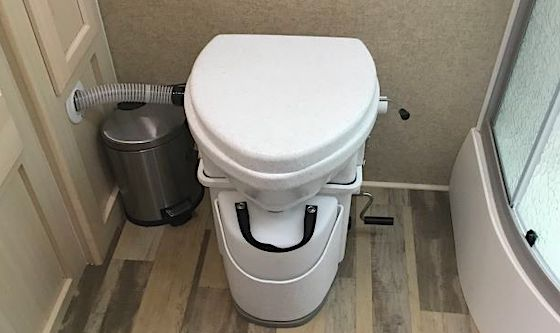 Composting rv toilet