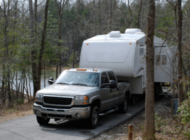 Gas Vs Diesel For Towing a Fifth Wheel – Which is The Best?