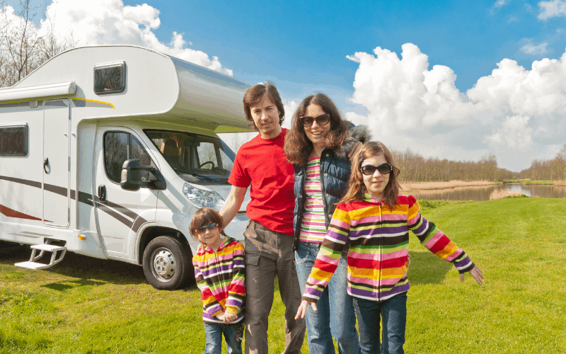 Living on an empty land in a motorhome