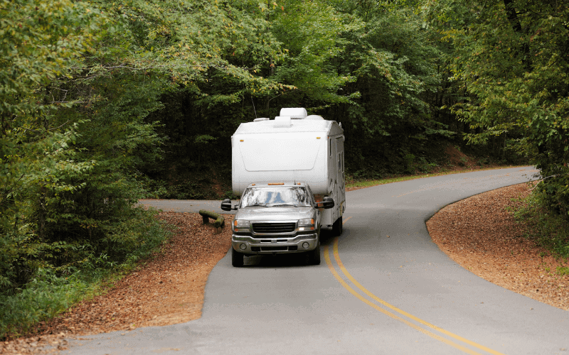 What Is The Advantage of a Fifth Wheel Trailer