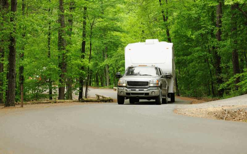 difference between gas and diesel for towing a fifth wheel